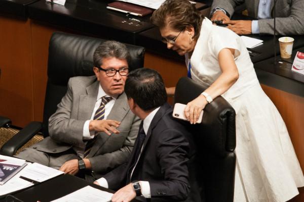 Senado pospone discusión sobre revocación de mandato presidencial