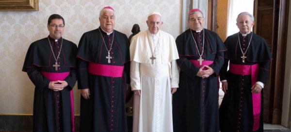 Papa rechaza invitación para visitar México en 2021