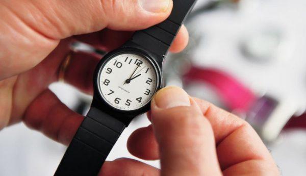 Presentan en el Senado iniciativa para poner fin al Horario de Verano