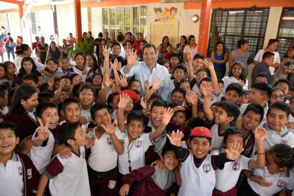 Escuelas, una prioridad para el Gobierno de Oaxaca de Juárez: Oswaldo García Jarquín