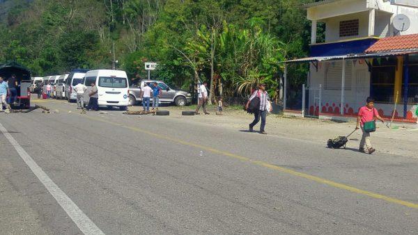 Bloqueo en Jacatepec tiene trasfondo político y responde a intereses: Edil