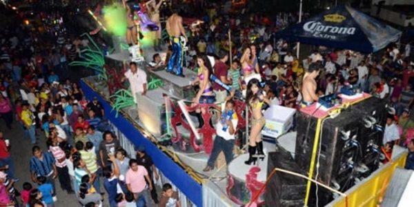 Tras fuertes críticas, gobierno de Dávila anuncia 400 elementos para la seguridad del carnaval de Tuxtepec