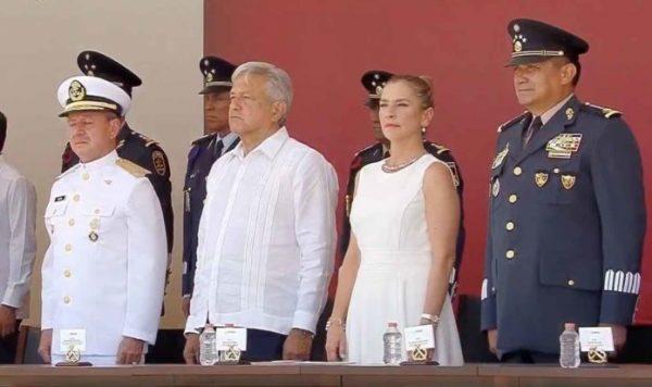 López Obrador encabeza aniversario de la defensa del Puerto de Veracruz