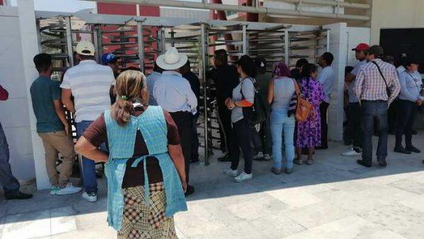 Habitantes de Tezoatlán exigen a la SEGEGO respete la autonomía municipal