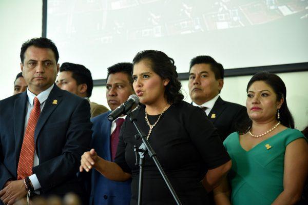 Impulsa Laura Estrada uso de vehículos híbridos en transporte público