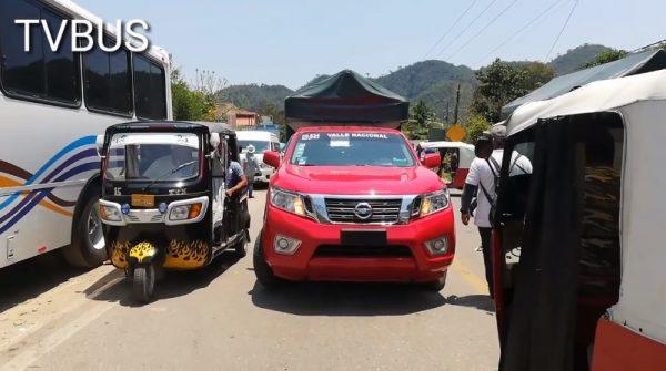 Entre 30 y 40 pesos el litro de gasolina en Valle Nacional por escasez