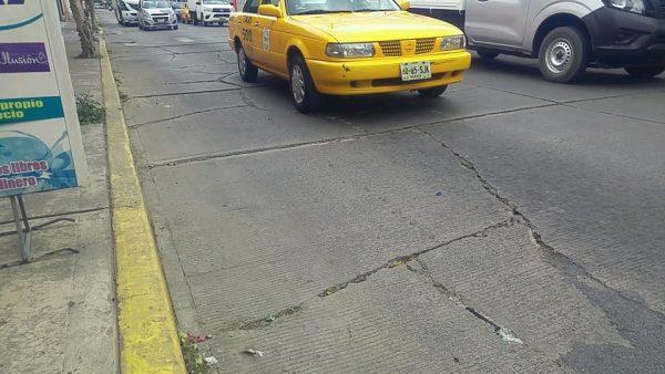 Dañadas críticamente 94 lozas de avenidas principales de Tuxtepec