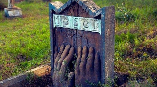 Game Of Thrones: Abren cementerio para honrar a los personajes muertos