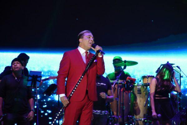 María Reyna y Cristian Castro le cantan a Oaxaca de Juárez en su 487 Aniversario