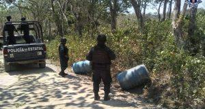 Asegura Policía Estatal 380 litros de hidrocarburo en Matías Romero Avendaño
