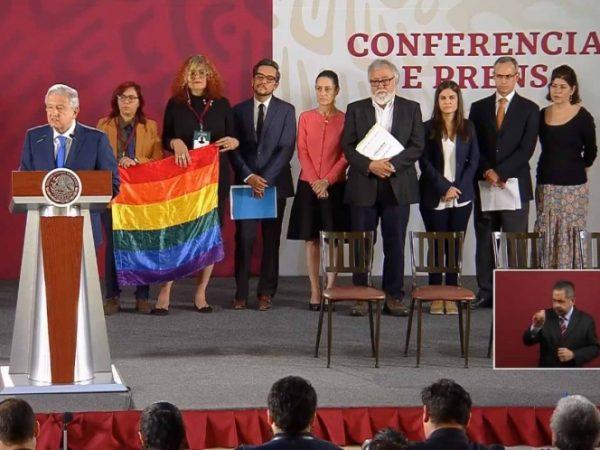 Garantiza López Obrador derechos a diversidad sexual