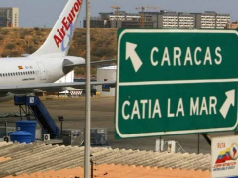 Trump prohíbe todos los vuelos desde y hacia Venezuela