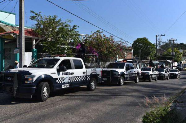 Personas armadas irrumpen misa de 15 años en Veracruz y asesinan a dos jóvenes