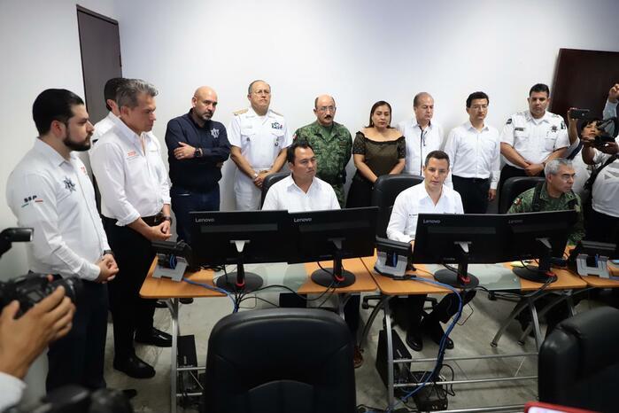 Refuerza Alejandro Murat la seguridad en Juchitán, inaugura el Centro Regional de Control y Comando (C2)