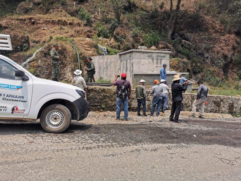 Atestigua Segego cumplimiento de acuerdos entre Tamazulápam del Espíritu Santo y San Pedro y San Pablo Ayutla