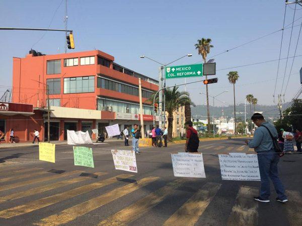 Sindicato minoritario del ISSSTE paraliza actividades en Oaxaca