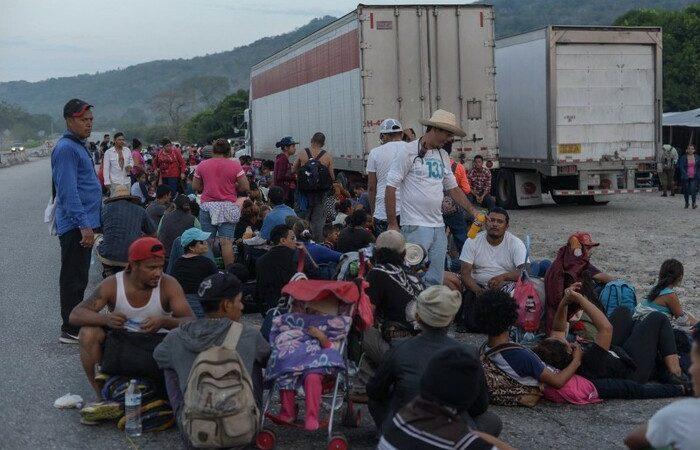 Ejército e INAMI detienen a caravana de 50 migrantes en Chiapas
