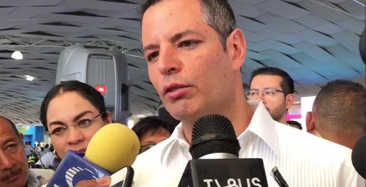 Evade Murat opinar sobre reforma educativa federal, pero dice que el PTEO tiene cabida en Oaxaca