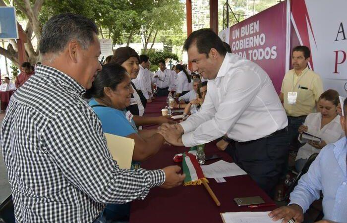 Oswaldo García refrenda un gobierno abierto  en audiencia pública de San Juan Chapultepec