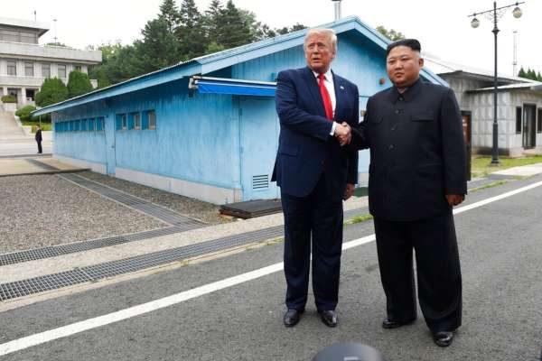 Donald Trump tiene reunión histórica con Kim Jong Un
