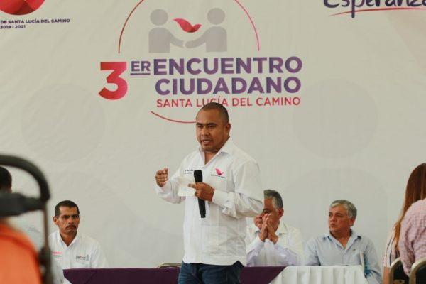 Reitera Dante Montaño compromiso de escuchar y atender a Santalucenses en encuentro ciudadano