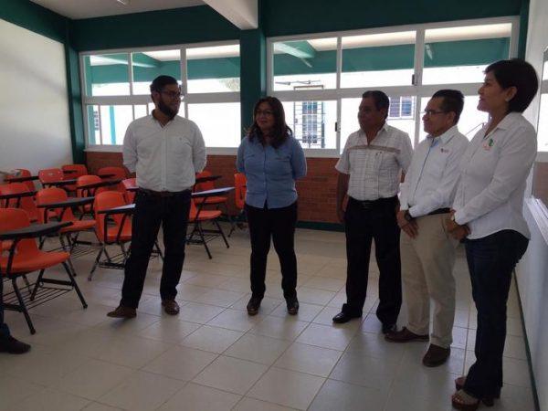 Municipio de Santa María Atzompa, suma esfuerzos en educación
