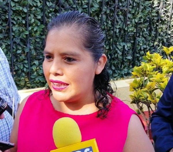 Afirma Laura Estrada que establecerán nueva Ley en Congreso para la protección de las afluentes