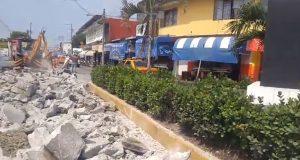 Inician reparación de socavón, cierran calle Matamoros  por un mes