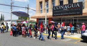 Con marcha, integrantes de la 14 de junio exigen concesión de predio