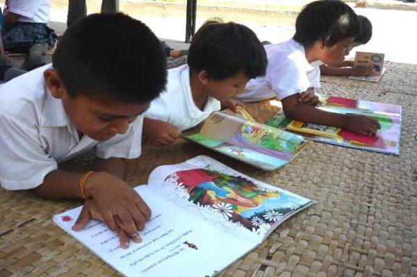 Tras realizar convite literario, preparan taller de escritura creativa
