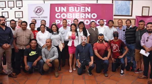 Instala Ayuntamiento de Oaxaca de  Juárez la Comisión de Box y Lucha