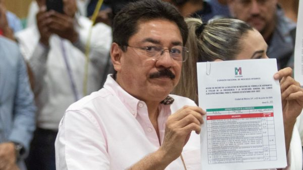 PRI no aguantará fraude interno en elección de próximo presidente, advierte Ulises Ruiz