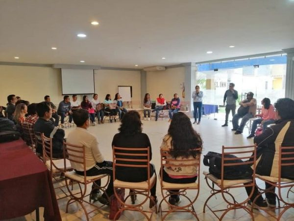 Imparte IEEPO curso sobre funciones trigonométricas a personal docente
