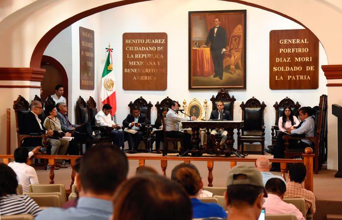 Reconoce Cabildo de Oaxaca de Juárez  paz y armonía en fiestas de julio