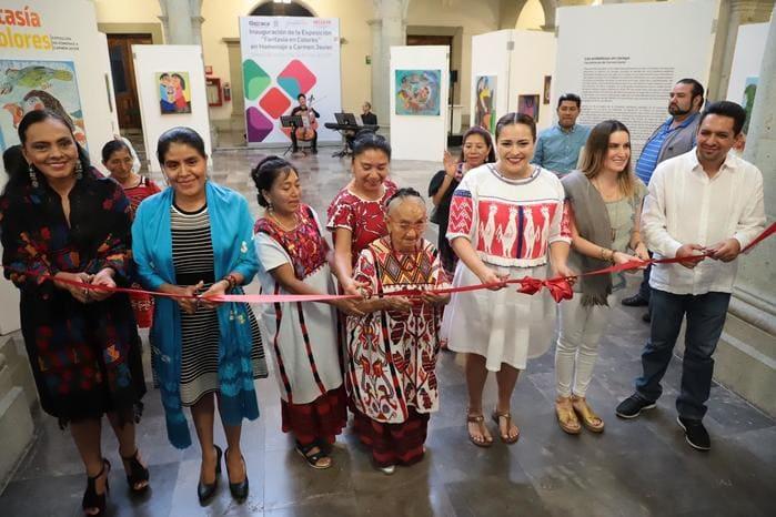 Inaugura Seculta exposición Fantasía en Colores