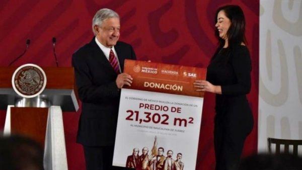 AMLO dona rancho a gobierno de Naucalpan para construir escuela