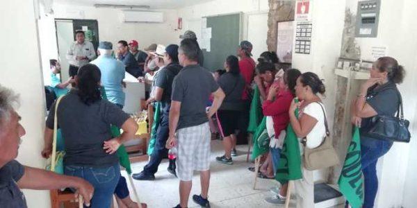 Desquicia CODECI a Temascal, toman oficina de tránsito e instalaciones del Hospital comunitario