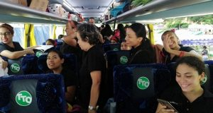 Parte la Delegación Flor de Piña rumbo a Oaxaca para una nueva edición de la Guelaguetza