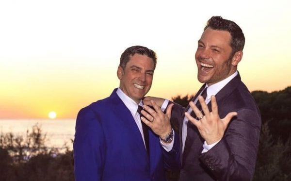 Tiziano Ferro se casa con su novio Víctor Allen