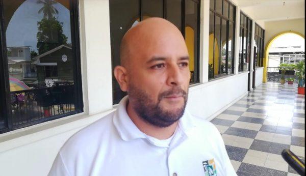 Denuncia ECAFFS tala inmoderada de ceiba de 45 años en Galeana y muro boulevard