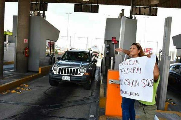 Familiares de la Policía Federal se suman a la protesta
