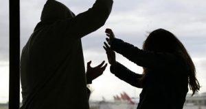 Registra Derechos Humanos, 13 ataques agresivos contra mujeres en  la Cuenca