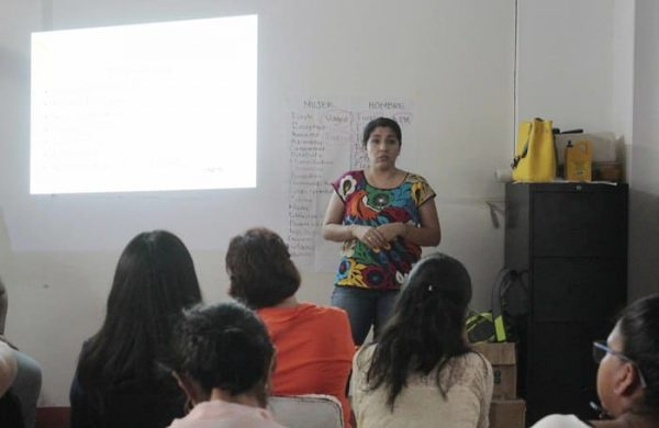 Sensibiliza IEEPO sobre la igualdad de género al personal de delegaciones regionales