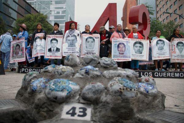 Encinas presenta avances sobre caso Ayotzinapa
