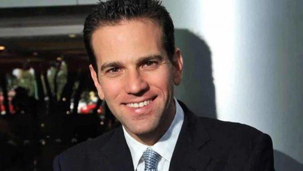 Carlos Loret de Mola sale de Televisa