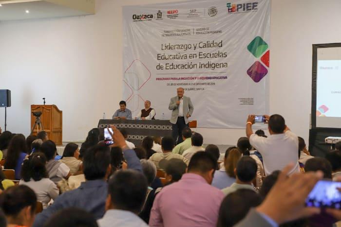 Impulsa IEEPO acciones para la inclusión y equidad educativa de 9 mil 500 escolares