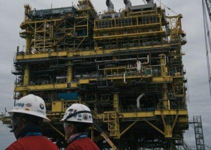 Pemex y sindicato petrolero acuerdan incremento a salarios y prestaciones