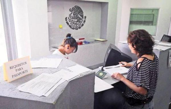 Tras denuncia de Joy, SRE recuerda lineamientos para trámite de pasaporte que prohíbe discriminación