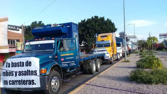 Transportistas de carga pesada, exigen seguridad en las carreteras de Oaxaca