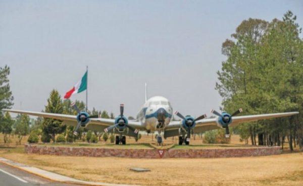 Preparan recurso por amparos contra aeropuerto de Santa Lucía